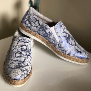 Florsheim Womens Blue Metallic Espadrille Loafers